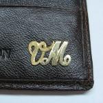 monograma personalizata aur galben 2
